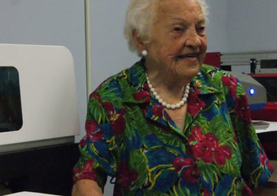 Hazel McCallion at Instant Imprint Mississauga east location